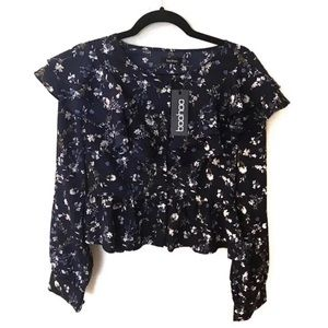 BOOHOO / Floral Navy Blue Blouse